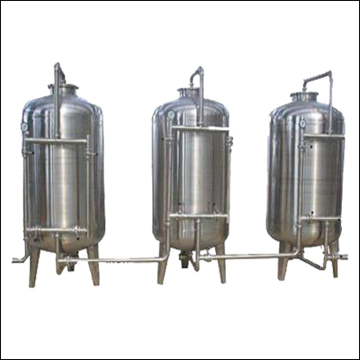 Stainless steel sand carbon pretreatment system